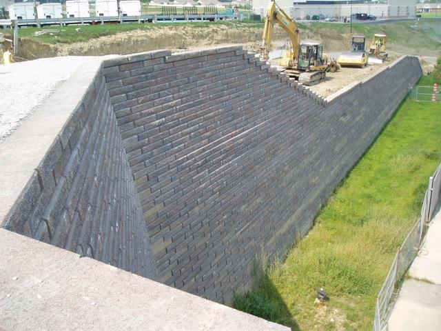 retainingwallrebuild-6041-22.jpg